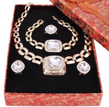 Load image into Gallery viewer, Crystal Gold Jewelry Set for Women!