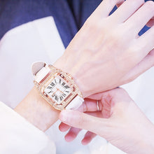 Load image into Gallery viewer, Leather Band Quartz Watch with Bracelet for Women!