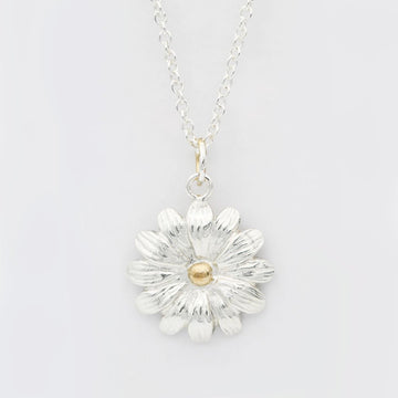 Daisy Necklace/ 14ct Gold Plated
