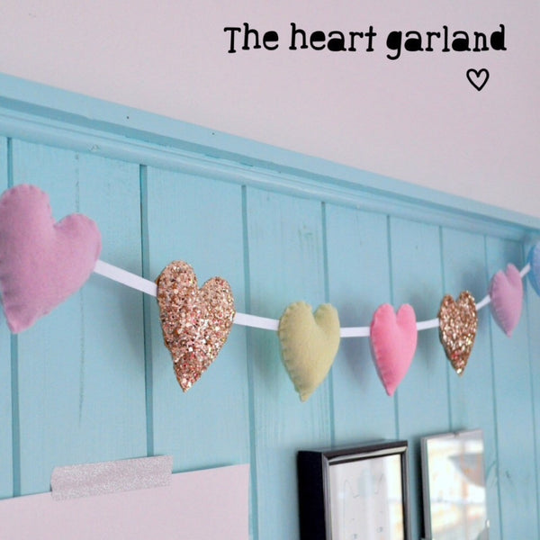 Noodle Doll Heart Garland