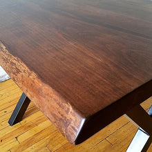 Load image into Gallery viewer, Solid Maple top with Logan Base - Windsorchrome