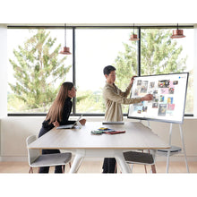 Laden Sie das Bild in den Galerie-Viewer, Microsoft Surface Hub S2 (Rollstand) Bundle