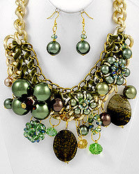 Glamour Green Necklace Set