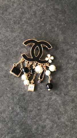 Lady CC Brooch (Black)