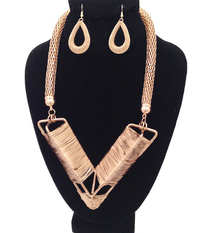 Gold Mesh/Wire Necklace Set