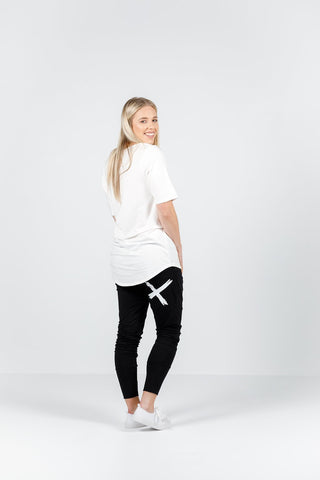 Home Lee Apartment pants -  Black with White X