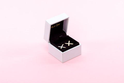Home Lee Earrings - White X