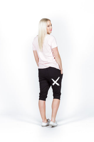 Home Lee 3/4 APARTMENT PANTS - Black with white X print