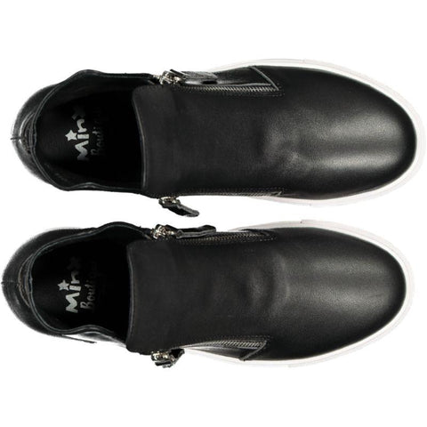 Willott Boot - Black Smooth white sole