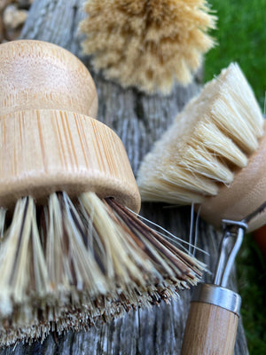 Bamboo and Coconut Fibre Dish & Veg Washing Brush