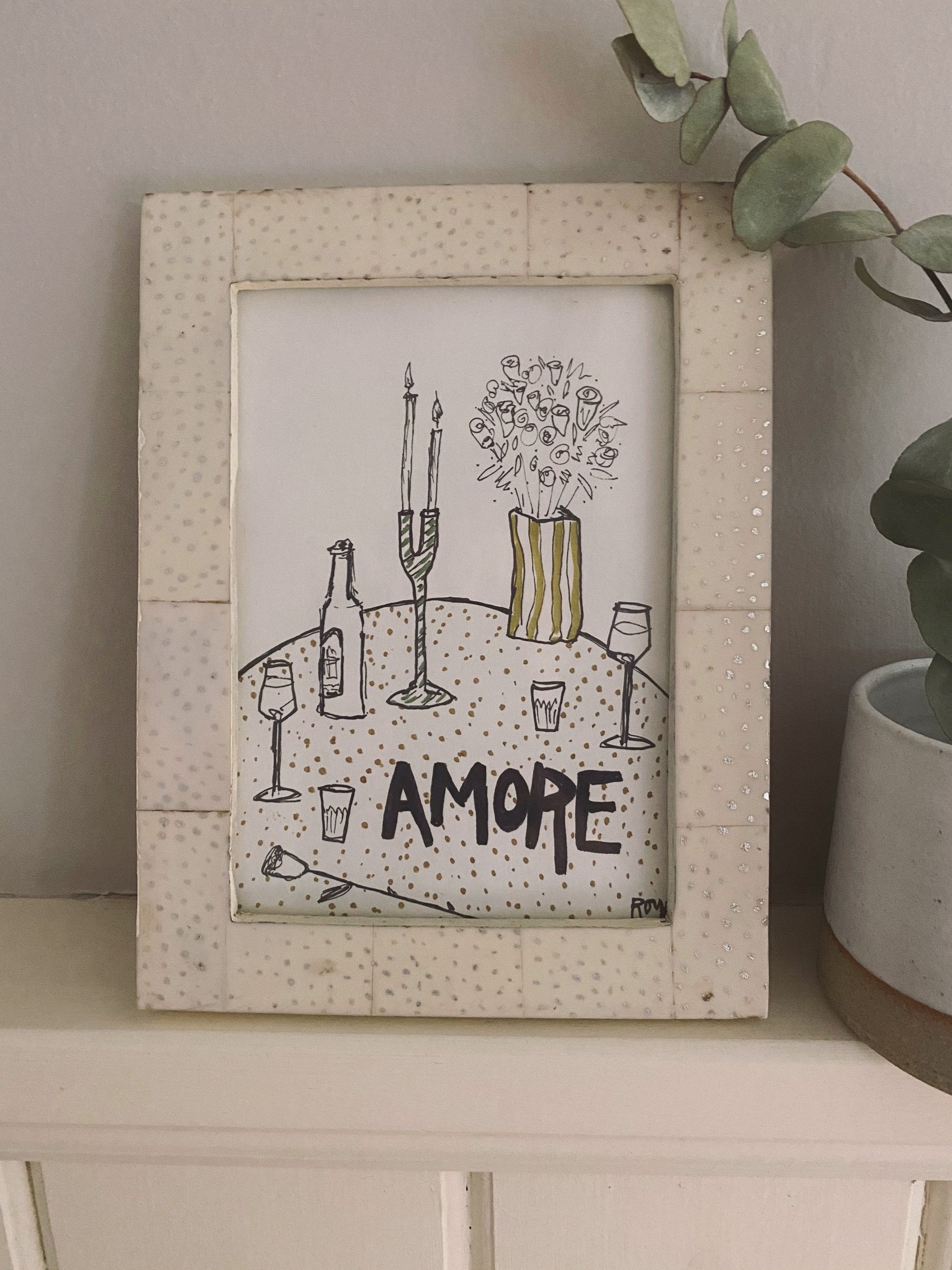 ROYA - Art Piece 'Amore' & Faux Ivory Glossy Frame