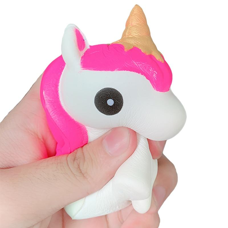 squishy mini licorne