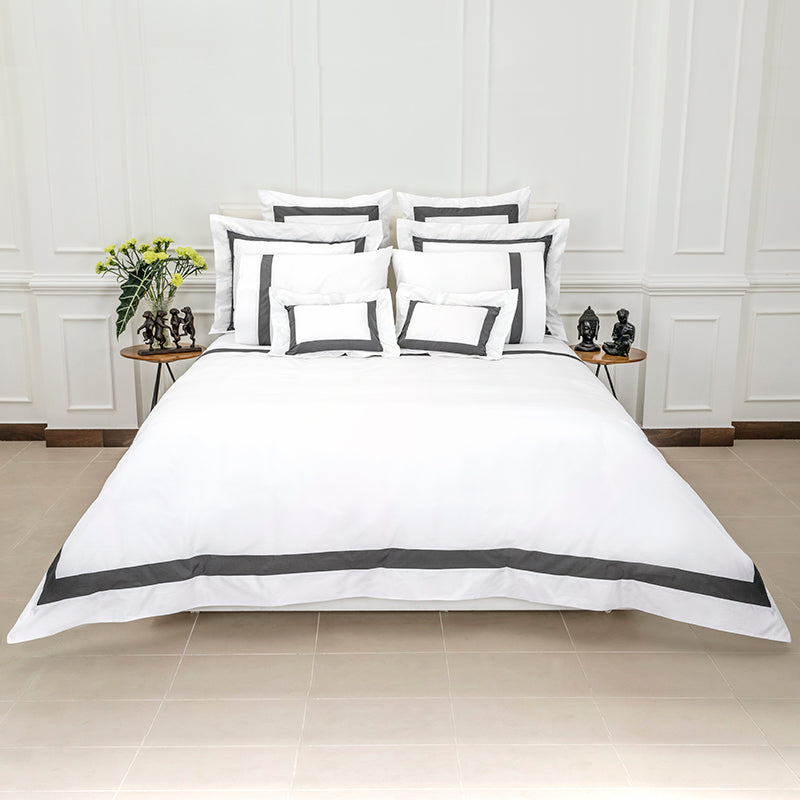 Sateen Kilkeel White Charcoal Duvet Cover