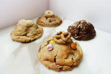 Load image into Gallery viewer, Crème de la Crème Collection Pack - 4 Cookies (125g each)