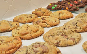 Oreo, M&M, Tasty Twisted Twix Mix (6 Cookies 125g each)