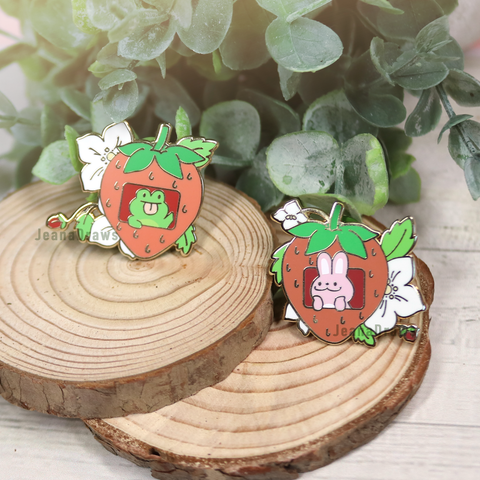 Hops n Flops Strawberry Collar Pins