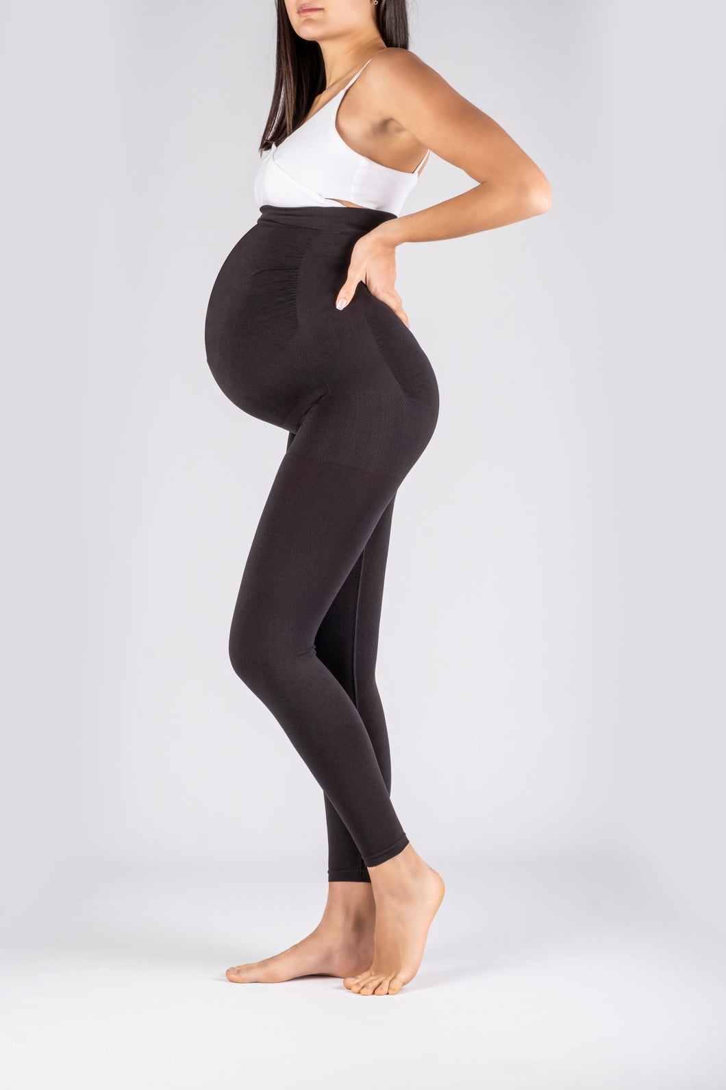Maternity leggings with Beltfree technology
