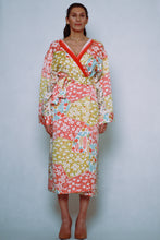 Load image into Gallery viewer, YUME KIMONO floral floral