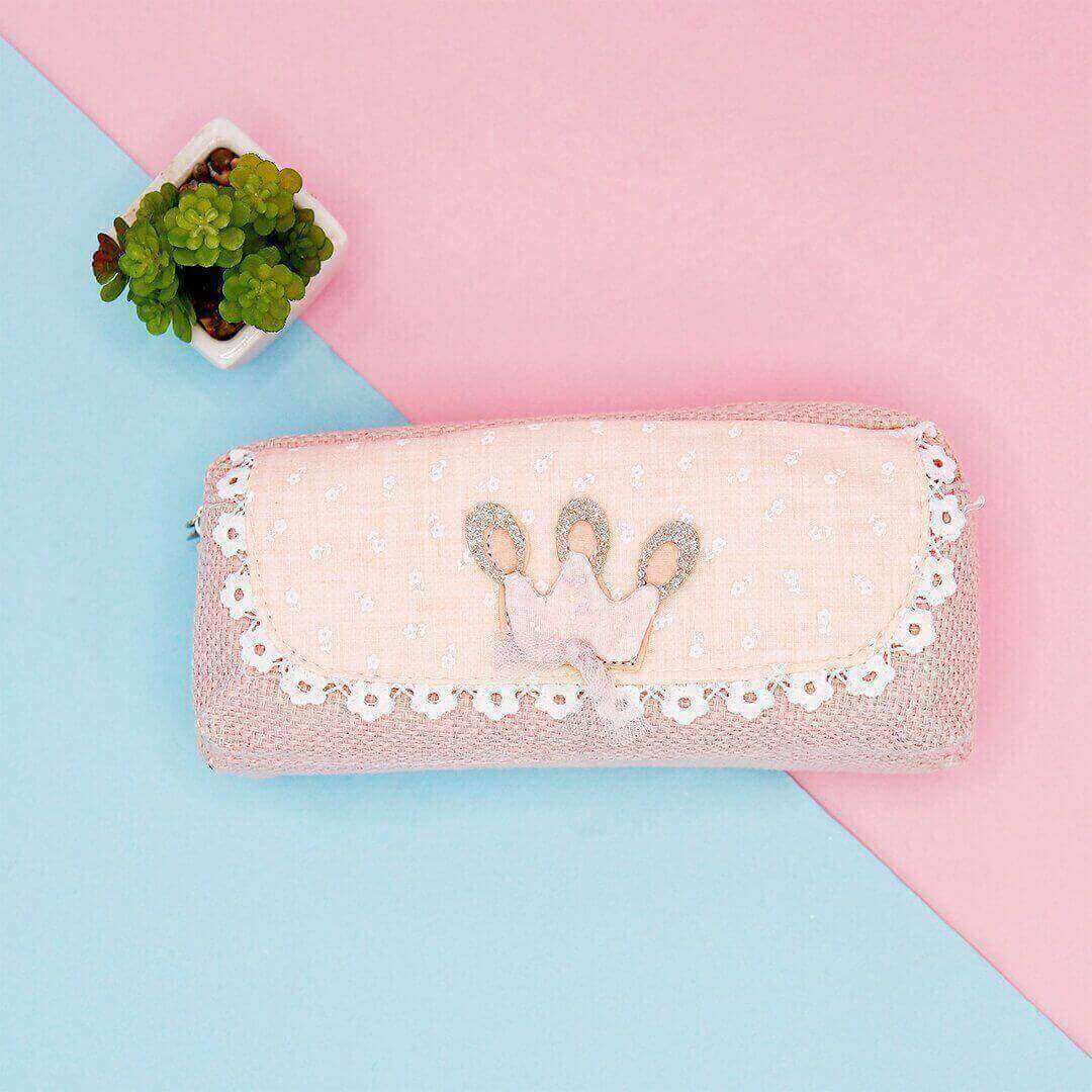 Crown Pouch
