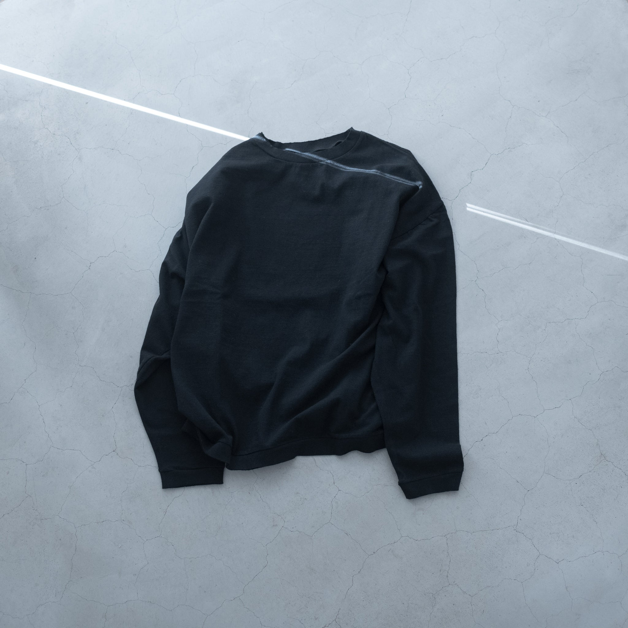 holk|wide long sleeves