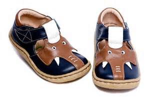 Boys Livie & Luca Elephant Shoes in Ocean Blue Size 4 Only