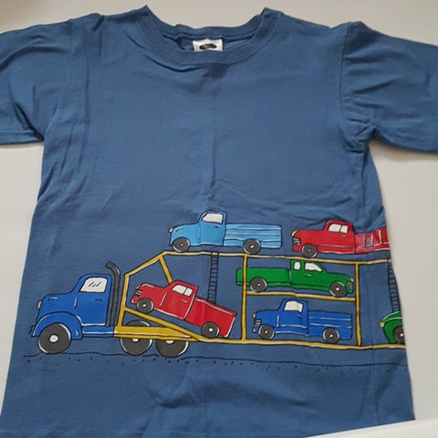 Boys truck carrier wrap around print tee Mulberribush Size 6 Gently Loved