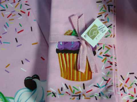 Set of 4 Cupcake Napkins