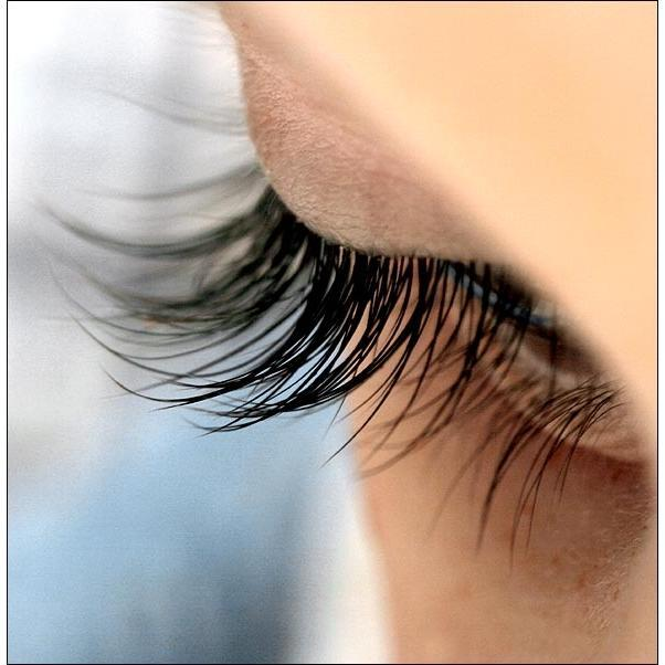 Ratehalf® Artificial Eye Lashes - Very Attractive - halfrate.in