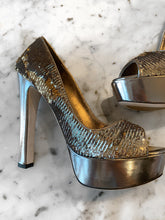 Load image into Gallery viewer, Miu Miu Sequins Platform Heel