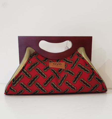 Oye Red Clutch