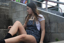 Load image into Gallery viewer, Short flower romper