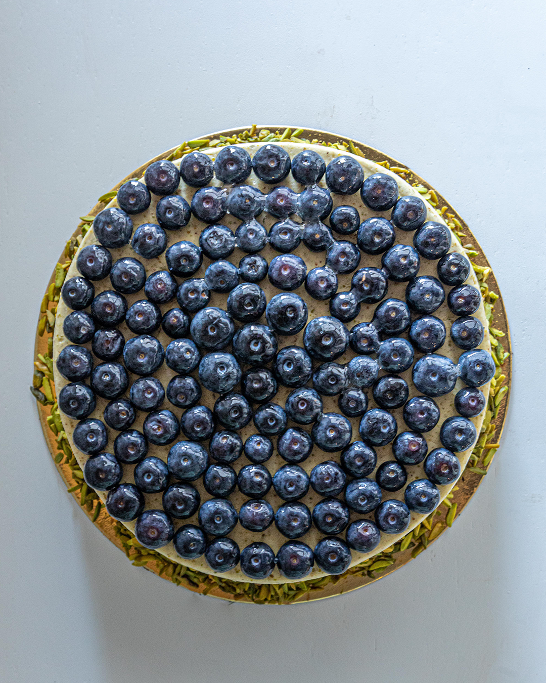 Pistachio & Lime Cake with Fresh Blueberries (n)