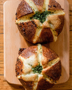 Korean Garlic Petal Bread