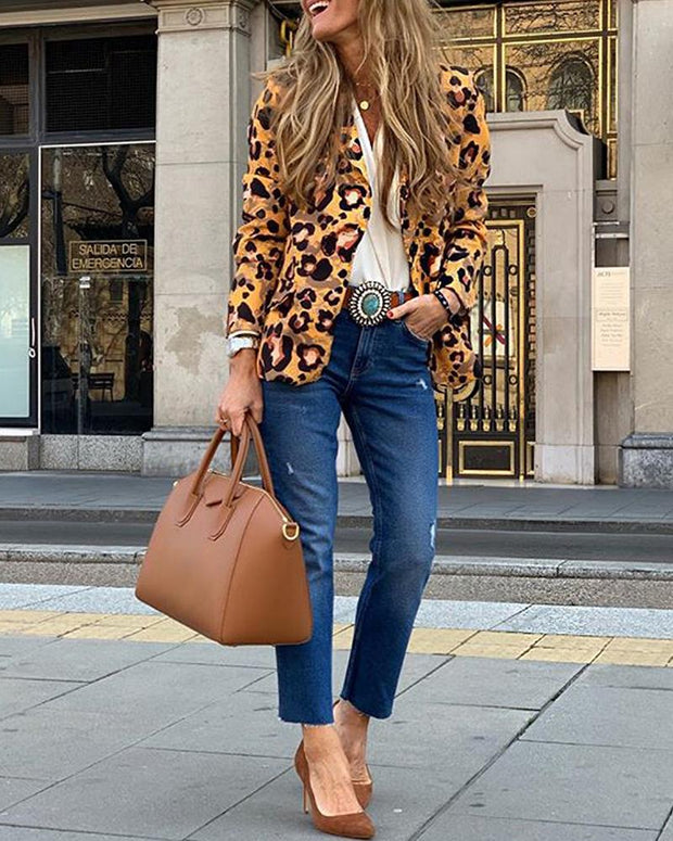 Notched Collar Abstract Leopard Print Buttoned Blazer