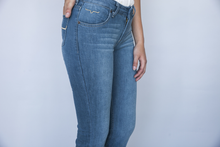 Load image into Gallery viewer, Lola Soho Fade By Kimes Ranch Jeans