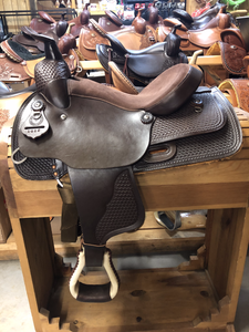 Used 15'' Western Rawhide Trail Saddle - FG Pro Shop Inc.