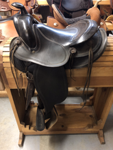 Load image into Gallery viewer, Used 15'' Antique Saddle - FG Pro Shop Inc.
