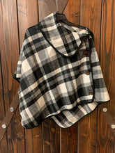 Load image into Gallery viewer, Flannel Ponchos