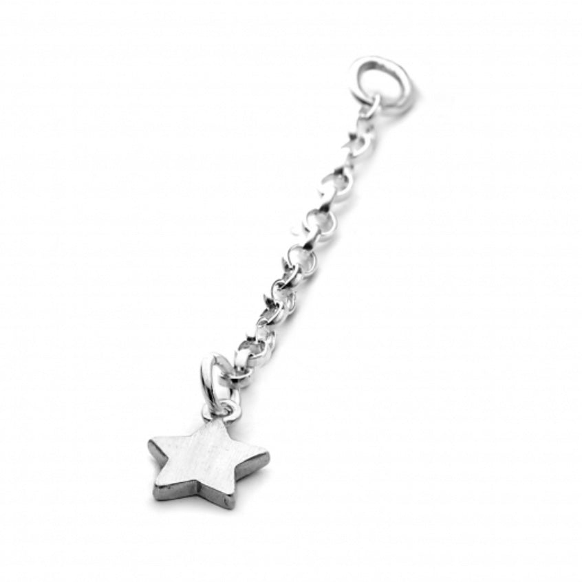 Chambers and Beau - Star on Chain Charm - Silver