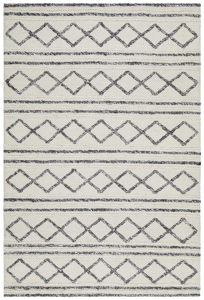 Budapest Rug | Cream Diamonds