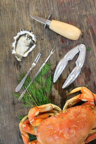 Orban & Sons Seafood Set with Cracker in Wooden Box with Acrylic Lid - Le Marché Pop Up