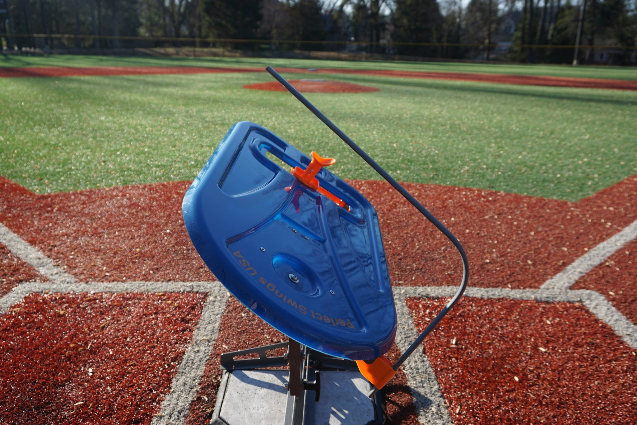 adjustable batting tee for swing training