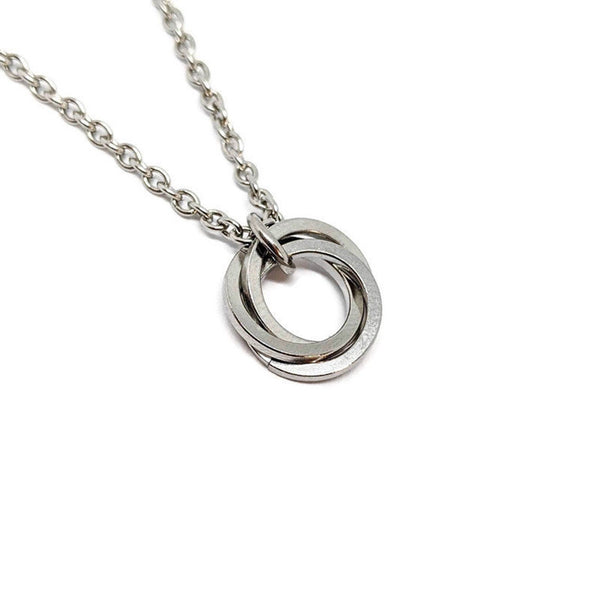 Square Mobius Pendant - ZenJumps Chainmaille