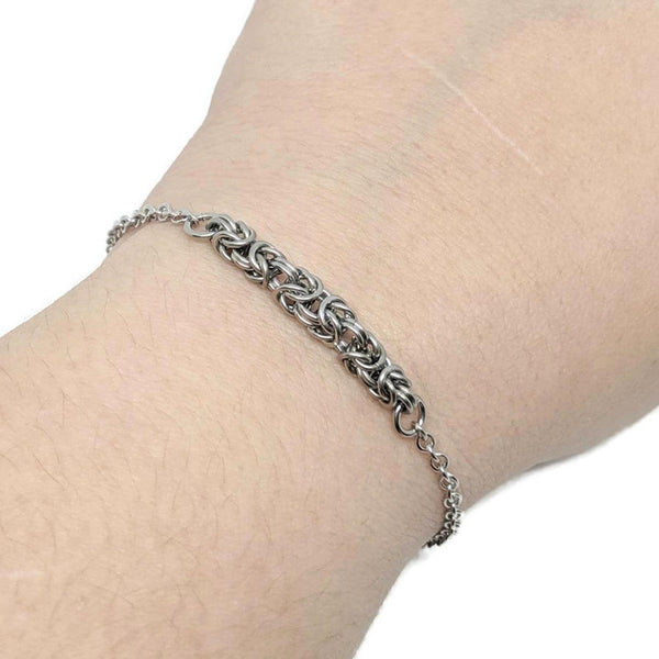 Petite Byzantine Focal Bracelet - ZenJumps Chainmaille