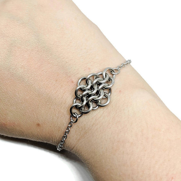 Regal Mesh Focal Bracelet - ZenJumps Chainmaille