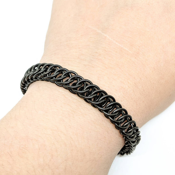 Blackened HP4-1 Bracelet - ZenJumps Chainmaille