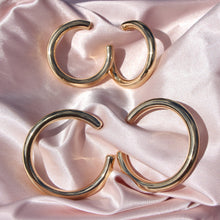 "Load image into Gallery viewer, ""Silah"" Chunky Hoops - Shop First Class"