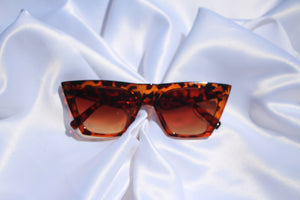"""Charlene"" Vintage Cat eye sunnies - Shop First Class"