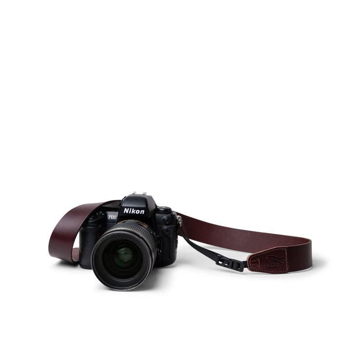 Lucky Straps Simple 40 Quick Release Camera Sling in Cognac Brown Leather