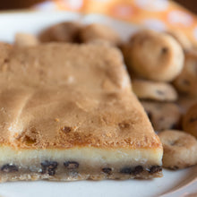 Load image into Gallery viewer, St. Louis Butter Cake - Chocolate Chip Cookie